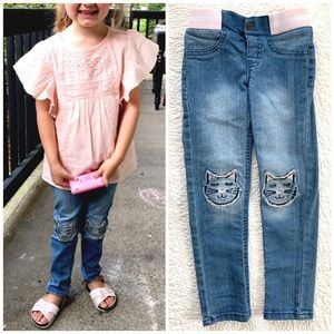 🆕 Listing! Kitty Patch Skinny Jeans